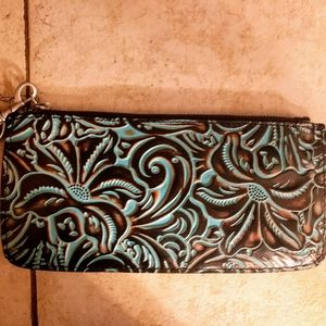 NWT-Patricia Nash Tooled Turquoise Wristlet/Clutch